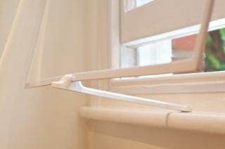 Closeup on WindowSkin and Venting Arm
